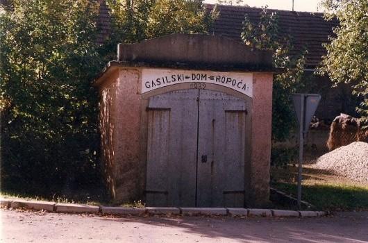 Stari gasilski dom zgrajen leta 1932