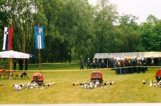 Gasilsko občinsko tekmovanje v Ropoči leta 2000