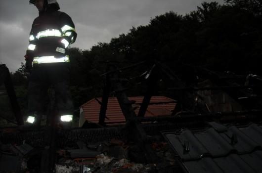 Požar hiše Ropoča