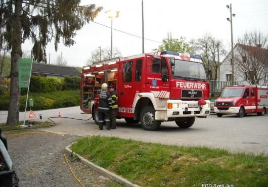 Prikaz tehničnega reševanja avstrijskih gasilcev